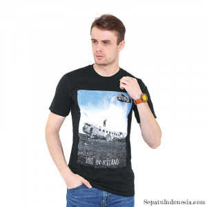 Gambar kaos pria LOST IN ICELAND PS 221